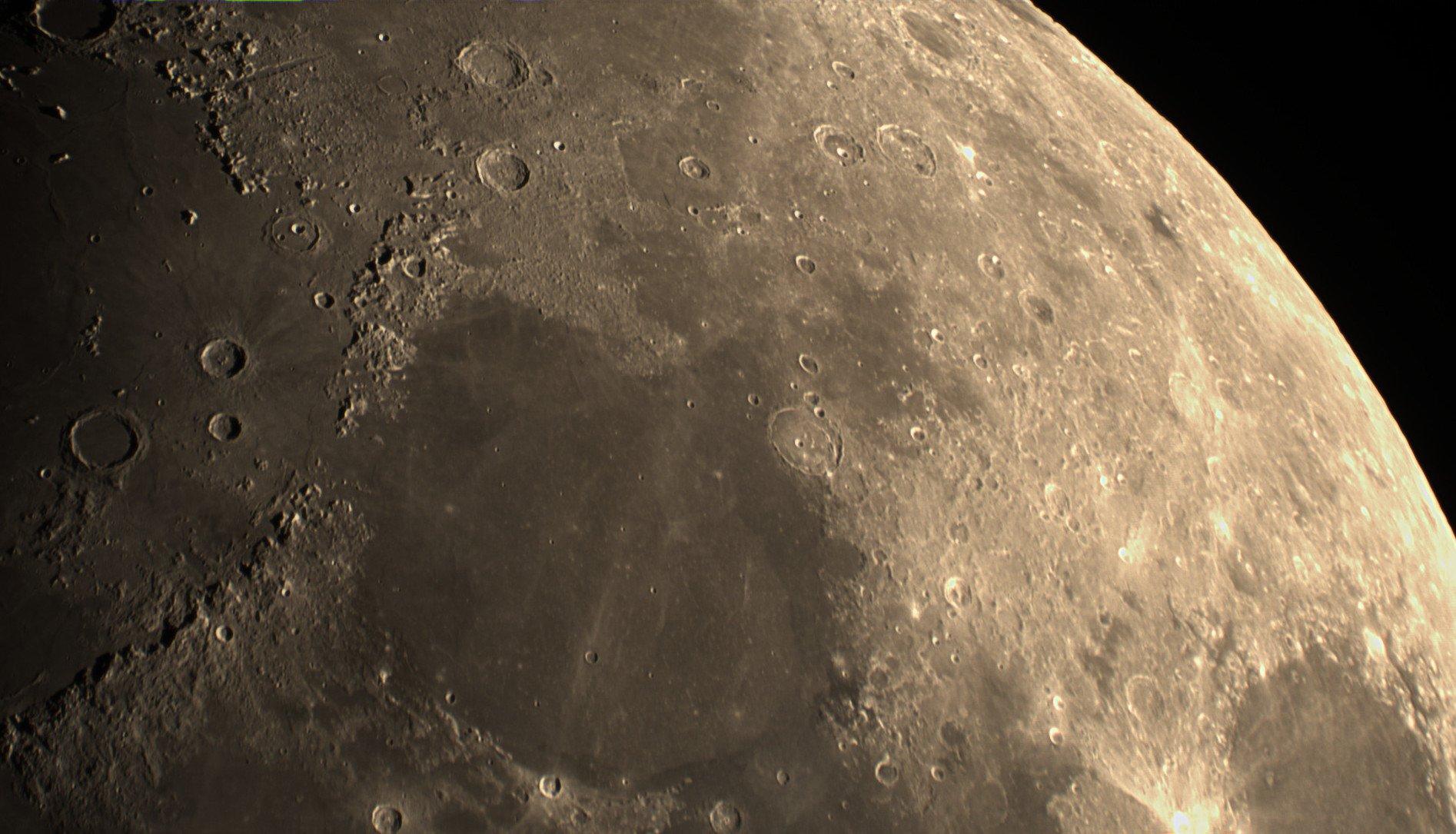 2021-08-16-2000 1-Moon Lapl5 Ap15706 Conv 1
